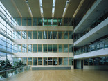 BTV Bürogebäude Foto: Günter Richard Wett