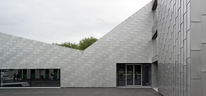 Primarschule und Turnhalle Moréchon, rk studio, Savièse (VS), 2014. Foto: Dominique Uldry