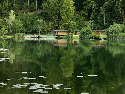 Badehaus Aichwaldsee, Foto: Paul Ott