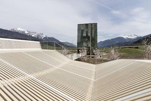 Swarovski Kristallwelten - Spielturm und Spielplatz, Foto: Snøhetta
