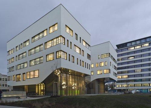 Stadtwerk Lehen Paracelsus Medizinische Privatuniversität, Foto: Berger Parkkinen Architekten