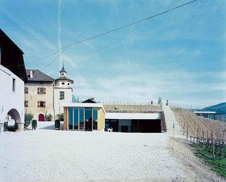 Weingut Manincor, Foto: Walter Niedermayr