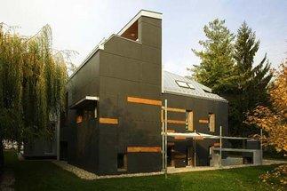 Specialterv Offices in a Refurbished Cottage, Foto: Tamás Bujnovszky