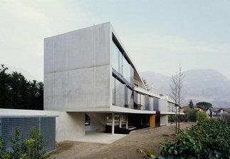 Dreifamilienhaus Dubis, Foto: Lukas Schaller