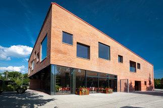 Community Center, Sásd, Foto: Zsolt Frikker