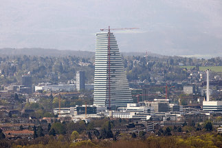 Roche-Turm, Hauptsitz, Foto: Hans H. Münchhalfen / ARTUR IMAGES