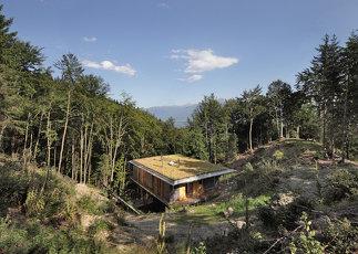 Haus im Bergwald, Foto: Birgit Koell