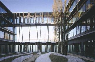 Institut für Physik der Humboldt-Universität, Foto: Werner Huthmacher / ARTUR IMAGES