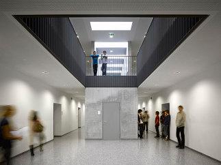 Neubau Tourismusschule, Zubau Bernoulligymnasium, Foto: Roland Halbe