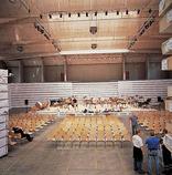 Temporärer Konzertsaal, Foto: Markus Bstieler