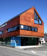 Neubau Hypobank und Wohnhaus in Hard, Foto: Susi Schiretz
