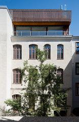 Dachaufbau Flachgasse, Foto: Bruno Klomfar