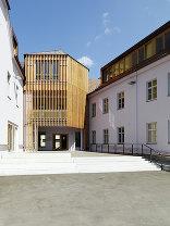 Studentenzentrum Josefinum mit Kapelle, Foto: Paul Ott