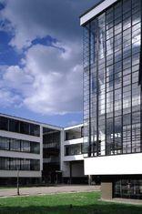 Bauhaus Dessau, Foto: Roland Halbe / ARTUR IMAGES