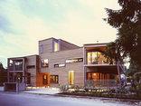 Dreifamilienhaus, Foto: Dietmar Tollerian