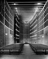 Kirche Zur Hl. Theresia, Foto: Erich Widder